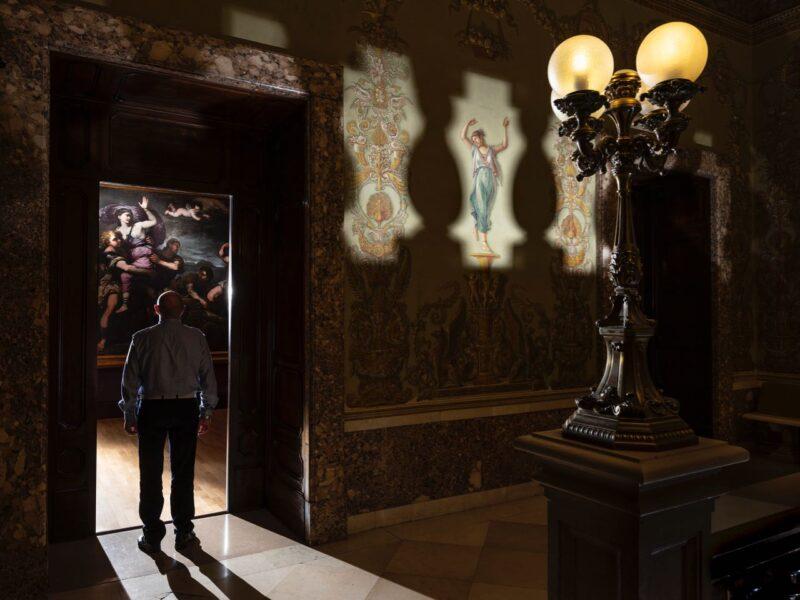 Locked in Beauty  | Paolo Woods & Gabriele Galimberti